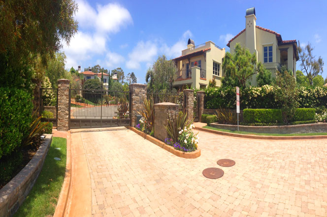 Castillo Del Mar Community | Dana Point Real Estate