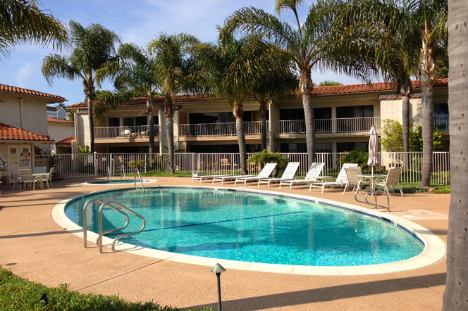 Las Marianas Community Pool | Dana Point Real Estate