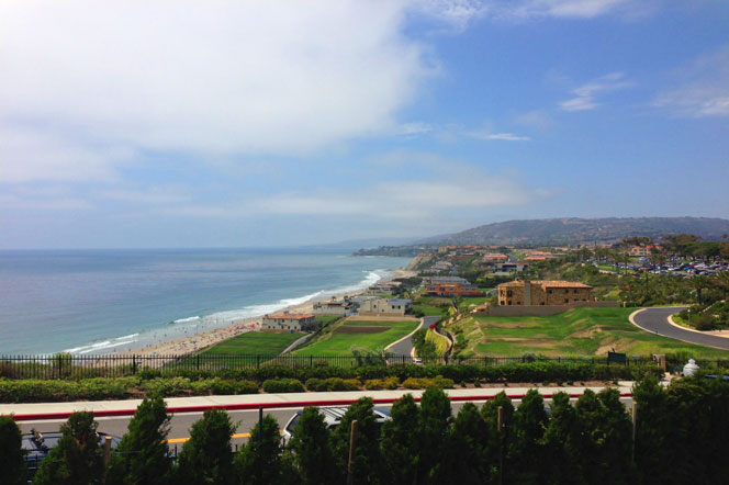 Image of the Pacific Ocean and Coastline from the South Strand community in Dana Point, California